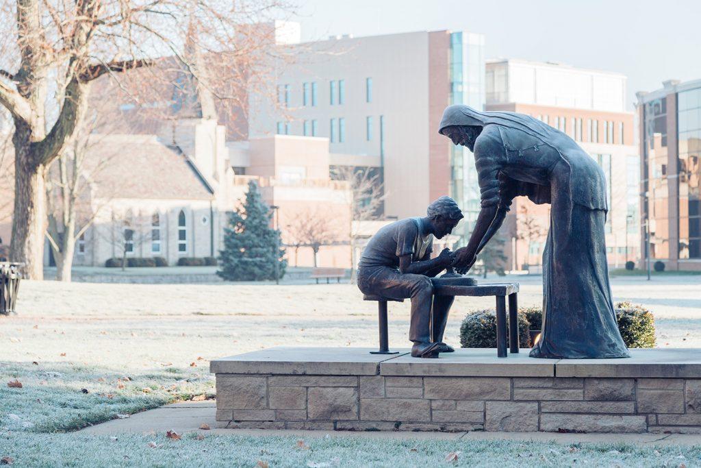 Winter-Campus-Decor---4358